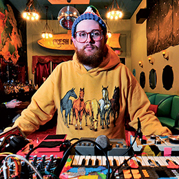 Dan Deacon on Sup Doc